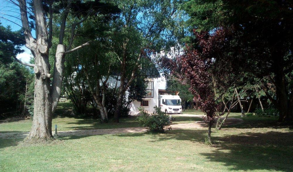 Aire camping-car à Riantec (56670) - Photo 2
